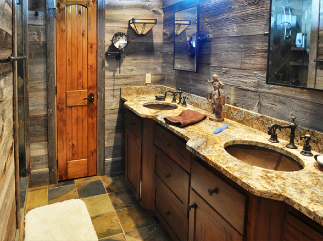 Master bathroom of Buttercup Haven - Franklin Vacation Rental NC