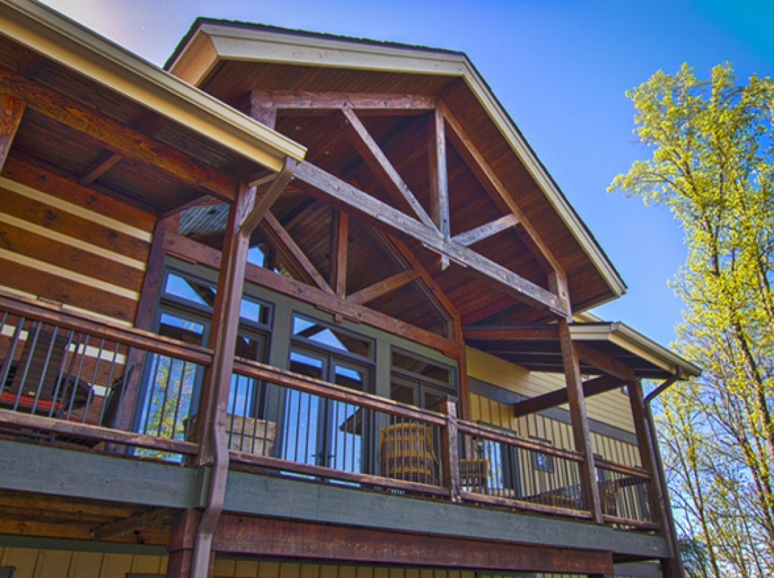 Buttercup Haven's East Deck, Franklin Vacation Rental NC